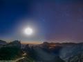 day-to-night-timelapse-gran-canaria-caldera-sunset-stars-milky-way-roque-bentayga