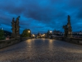 prag-prague-blue-hour-available-light-karlsbruecke-charles-bridge-veitsdom