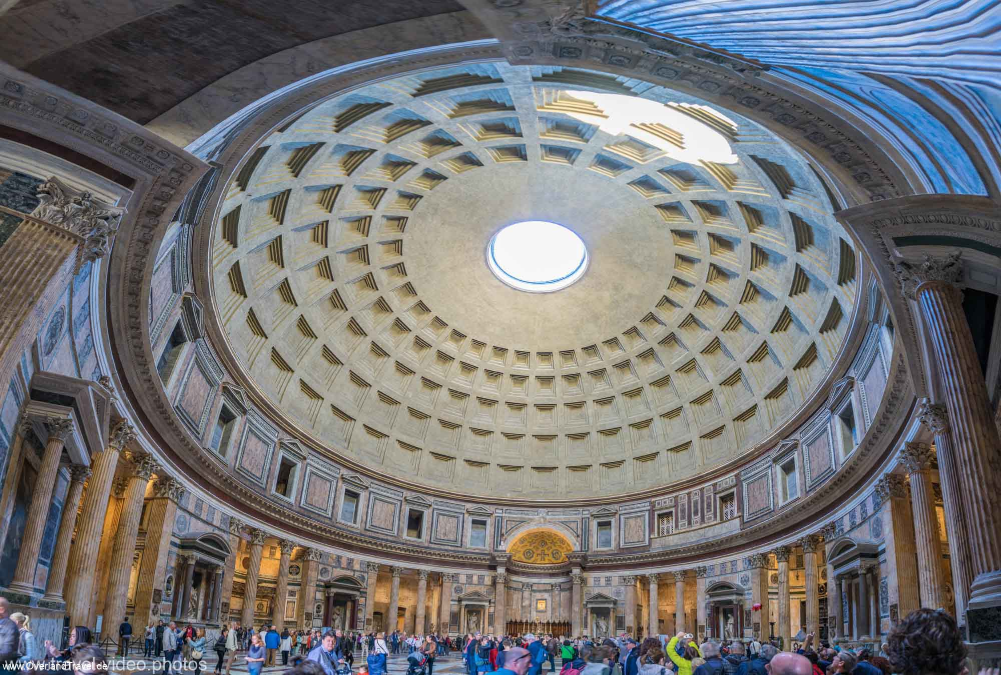 Indoor Pantheon panorama, a stitch of 8 images
