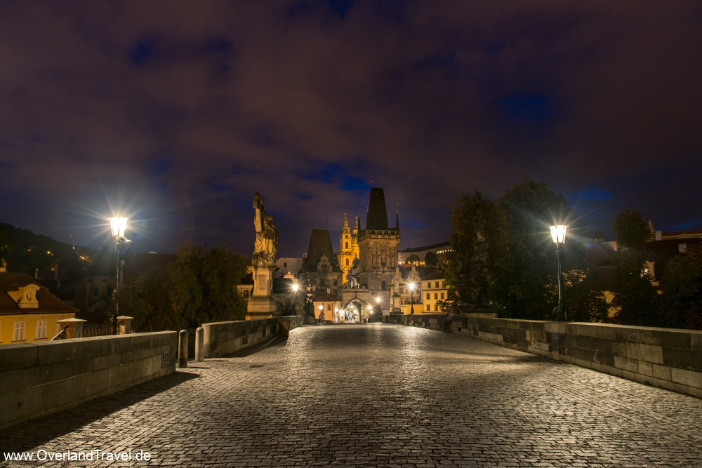On the Charles Bridge at 6 o'clock in the morning