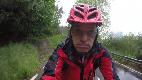 Camino del norte mtb rain ride jakobsweg mountainbike