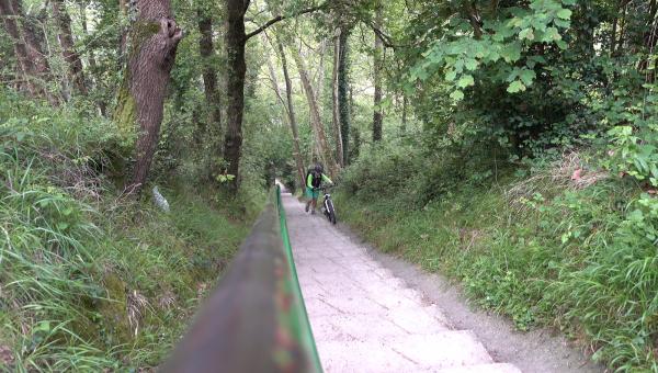 Camino del norte mtb stairs jakobsweg mountainbike