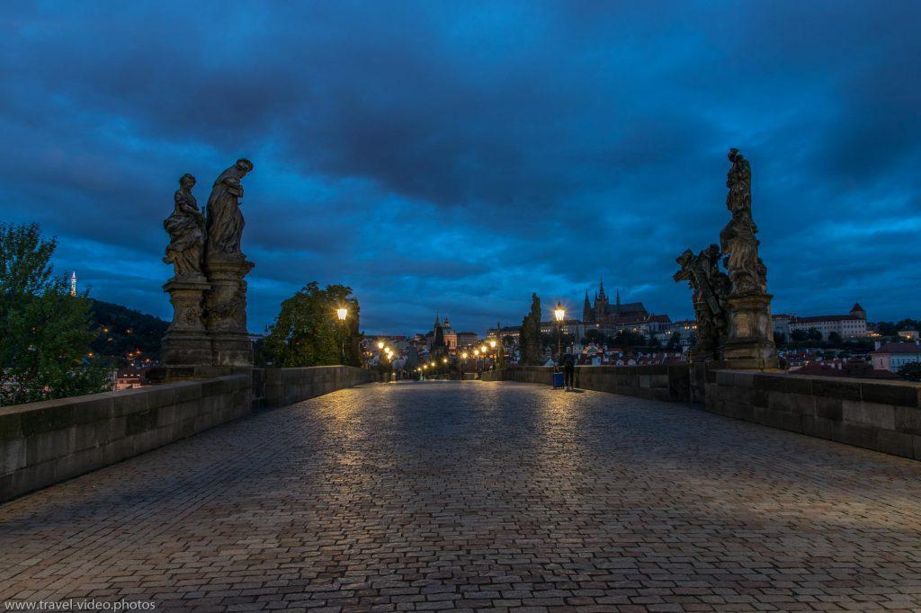 Prag Prague Blue Hour Available Light Karlsbrücke Charles Bridge Veitsdom Night