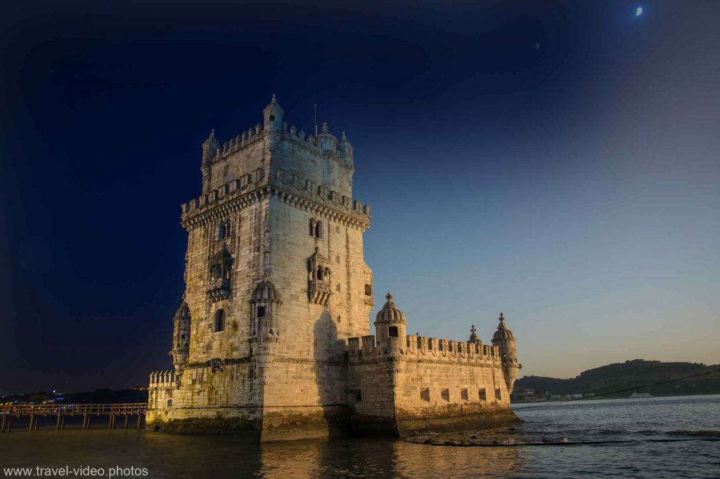 day to night timelapse lisbon portugal belem torre tower sunset moon