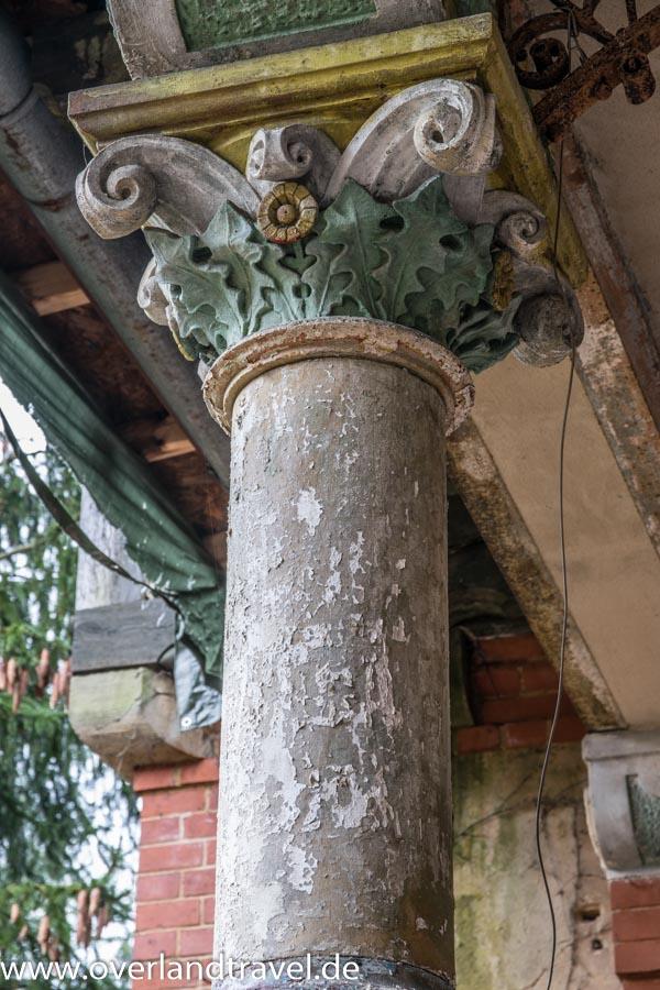 beelitz heilstatten lost place Männersanatorium Balkonsäule