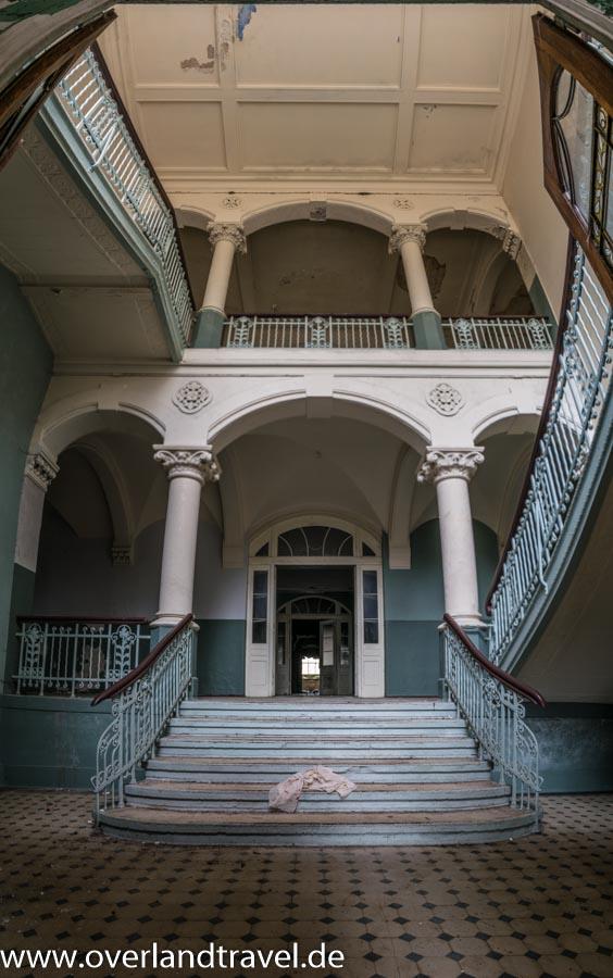 beelitz heilstatten lost place Männersanatorium Treppenhaus